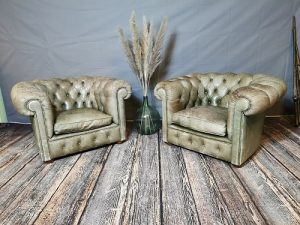 chesterfield_leather_chairs