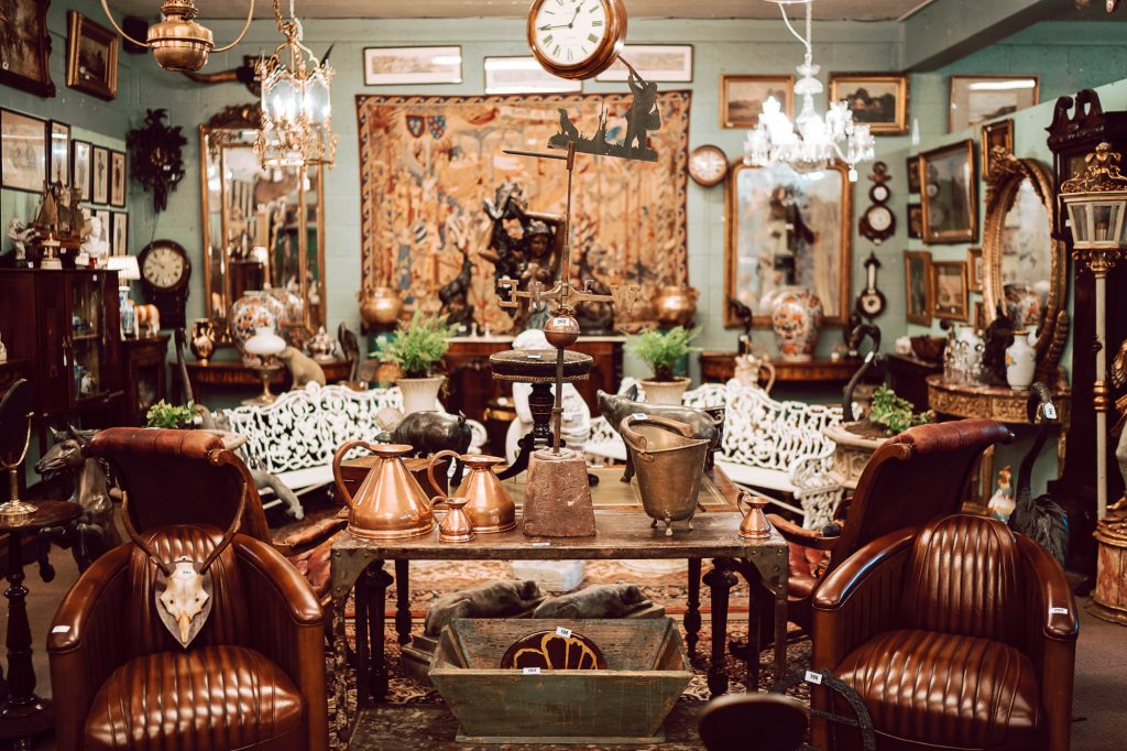 Furniture Garden Pieces And Decorative Interiors Becoming