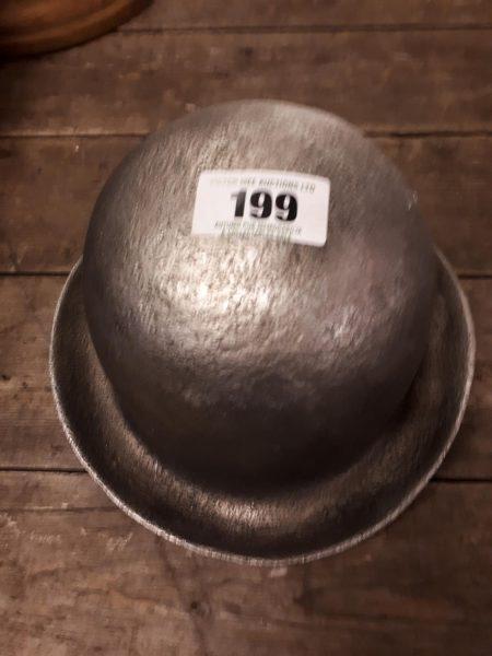 Lot 199