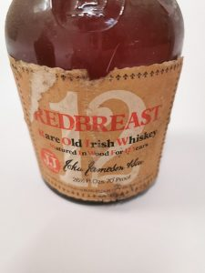 Redbreast_old_irish_whiskey_bottle