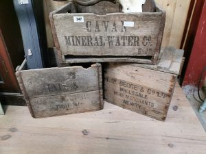 Wooden_advertising_crates