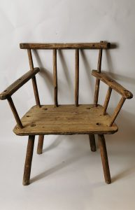 Ash and elm hedge chair