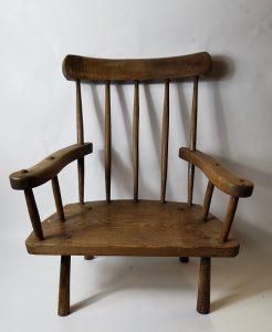 Monaghan ash hedge chair