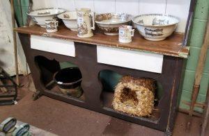 Painted pine fiddle back dresser (