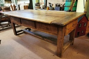 Pine Country Kitchen Table