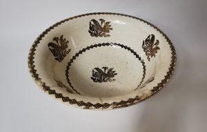 Spongeware bowl with peacock decoration.